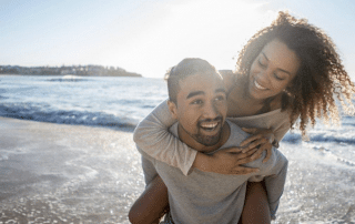 Experts debate if a summer fling can turn into a real relationship