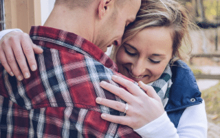 A relationship expert reveals when you should get engaged